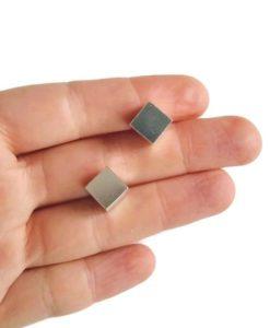 Cube Stud Earrings - Maxi