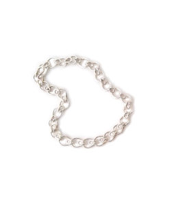 ilver-Leaves-Chain-Bracelet - silver chain on white background
